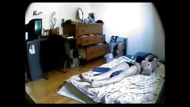 मोज़ा में कोमा की मेज सोनाक्षी सेक्सी मूवी पर एक लड़की
