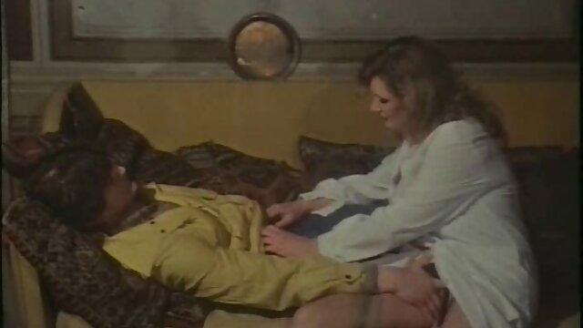 वह रसोई घर में आटे की स्प्रे और बिल्ली में बीपी सेक्सी मूवी वीडियो उसके द्वारा इसके लिए दंडित किया जा रहा है