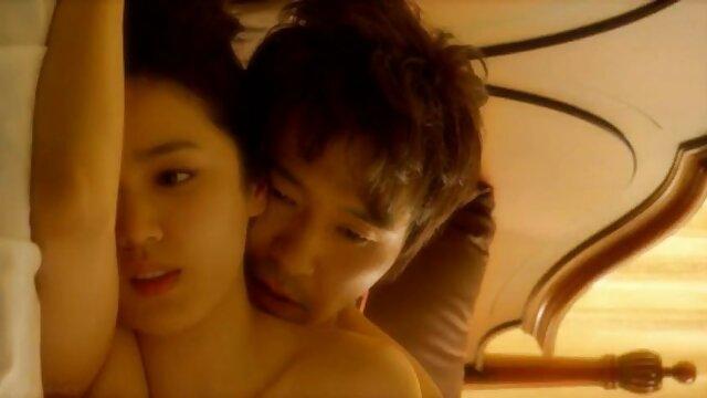 पति युवा पत्नी एक झूठी के साथ टोपी पर सेक्सी सेक्सी सेक्सी सेक्सी सेक्सी मूवी खराब कर दिया है, जबकि कैमरे को हटा दें