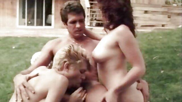 अन्ना, एक आदमी के साथ सामना हिंदी मूवी सेक्सी हिंदी मूवी सेक्सी