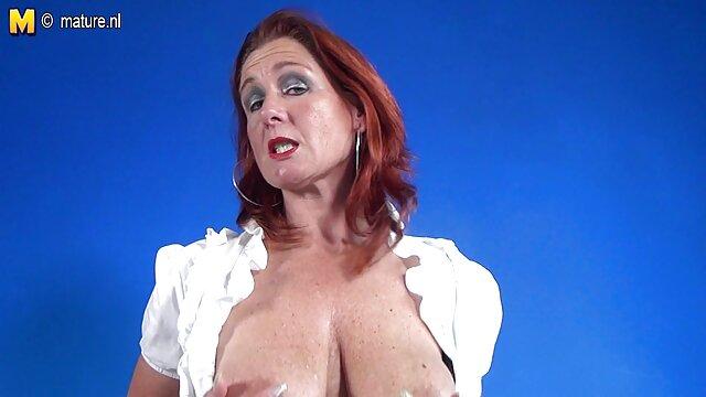 मालकिन सेक्सी मूवी सेक्सी सेक्सी मूवी बड़े स्तन पर आदमी