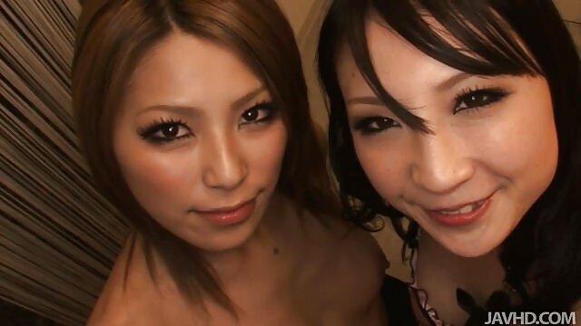 अमीर ग्राहक के साथ हीरे में अभिजात वर्ग सेक्स मूवी इंग्लिश सेक्स मूवी वेश्याओं