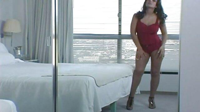 गुलाम सेक्सी मूवी फिल्म अनुभवी